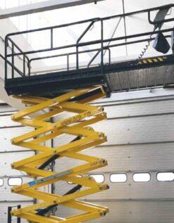 noleggio piattaforma aerea verticale c181